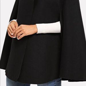 Black cape coat🌷